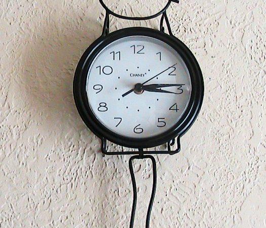 Kitty Cat Clock : Wordless Wednesday